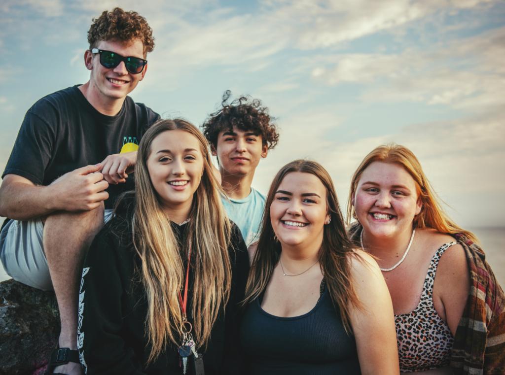 Groupe d'adolescents